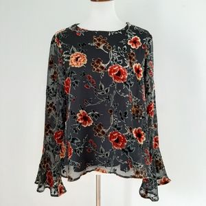 June & Hudson Floral Bell Sleeve Back Open Top